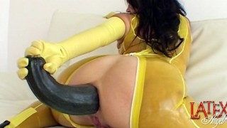 Extreme anal gape with giant zucchini